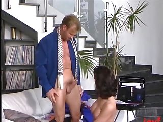 German Banger Entices Hot Black-haired Retro Mummy And Loves Classical Xxx