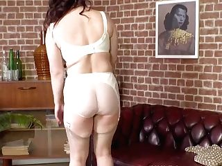 Curvy Big Tits Honey Lucia Love Strips Off Antique Undergarments And Wanks In Garters Nylons High-heeled Slippers